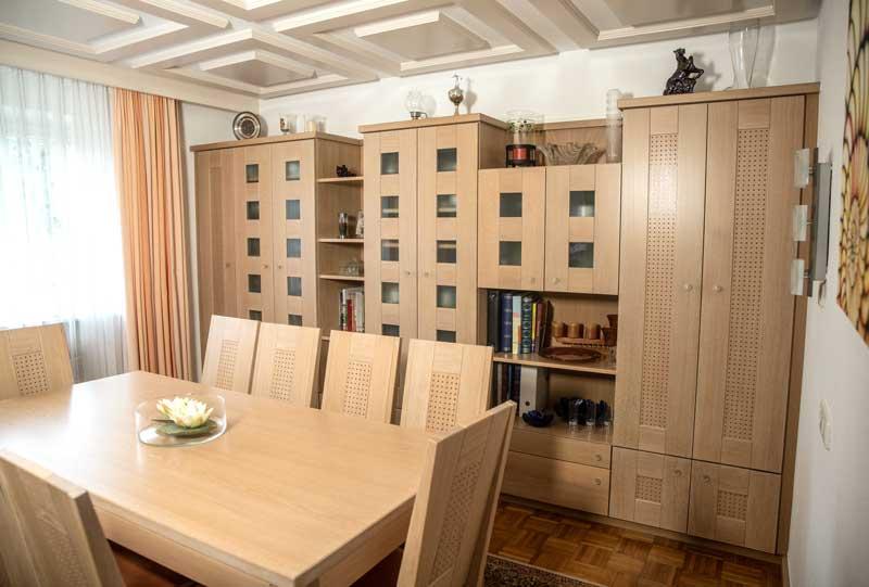 fe57c6bac4495f Wohnzimmer-Möbel für privates Wohnhaus – Schreinerei Edlhuber